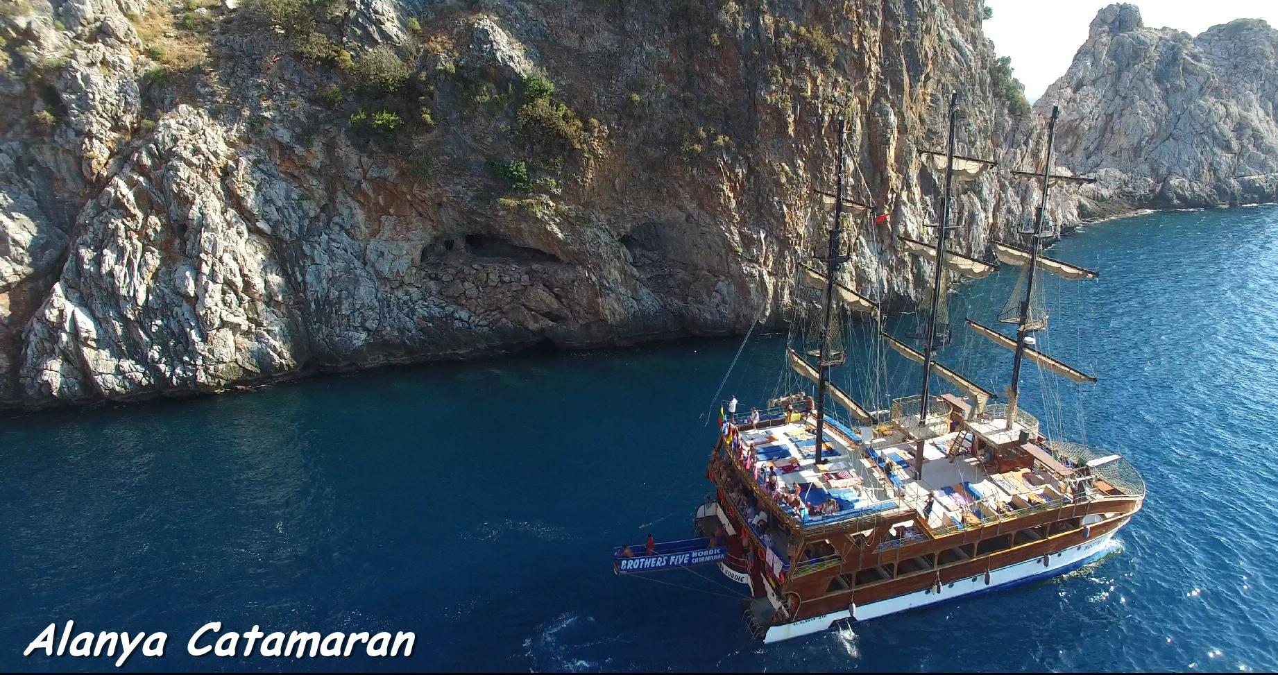 alanya-catamaran-boat-tour