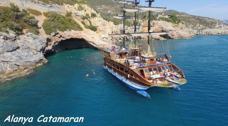 Alanya Catamaran Bootsfahrt 15€